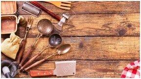Būtiniausi virtuvės įrankiai namuose