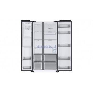 Dviejų durų šaldytuvas Samsung RS68A8531B1 9