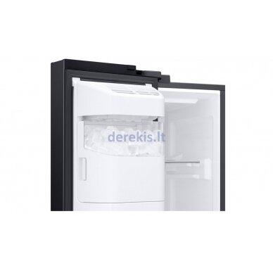 Dviejų durų šaldytuvas Samsung RS68A8531B1 7